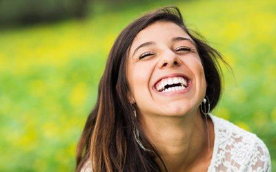 Woman with flawless, healthy smile